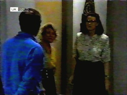 Colin Burke, Helen Daniels, Dorothy Burke in Neighbours Episode 1419