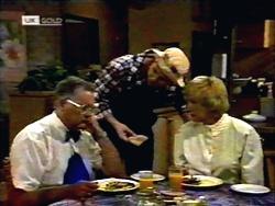 Harold Bishop, Joe Mangel, Madge Bishop in Neighbours Episode 1420
