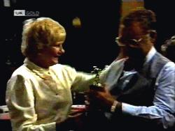 Madge Bishop, Harold Bishop in Neighbours Episode 1420