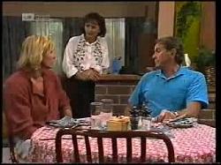 Brad Willis, Pam Willis, Doug Willis in Neighbours Episode 1925
