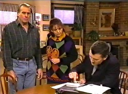 Doug Willis, Pam Willis, Ned Miles in Neighbours Episode 1975