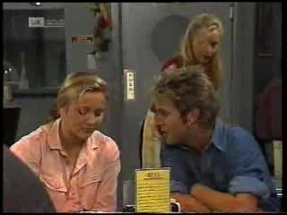 Lauren Carpenter, Connor Cleary, Annalise Hartman in Neighbours Episode 1994
