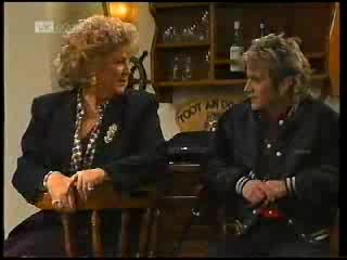Cheryl Stark, Connor Cleary in Neighbours Episode 1995