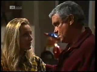 Lauren Turner, Lou Carpenter in Neighbours Episode 1995