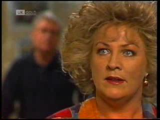 Lou Carpenter, Cheryl Stark in Neighbours Episode 1995