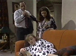 Philip Martin, Julie Robinson, Debbie Martin in Neighbours Episode 2001