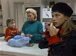 Hannah Martin, Helen Daniels, Lucy Robinson in Neighbours Episode 2001