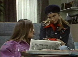 Beth Brennan, Lucy Robinson in Neighbours Episode 2001