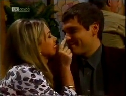 Lucy Robinson, Mark Gottlieb in Neighbours Episode 2002