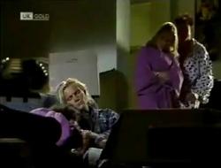 Beth Brennan, Brad Willis, Phoebe Bright, Stephen Gottlieb in Neighbours Episode 2003
