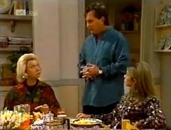 Helen Daniels, David Kazalian, Lucy Robinson in Neighbours Episode 2003