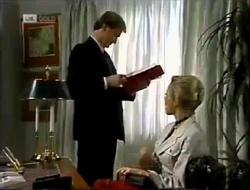 Jeffrey Hockney, Annalise Hartman in Neighbours Episode 2004