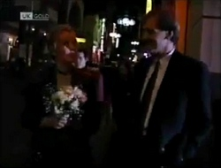 Annalise Hartman, Jeffrey Hockney in Neighbours Episode 2004
