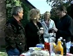 Lou Carpenter, Cheryl Stark, Brad Willis, Doug Willis in Neighbours Episode 2005