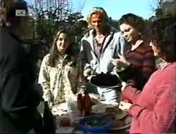 Doug Willis, Beth Brennan, Brad Willis, Gaby Willis, Pam Willis in Neighbours Episode 2005