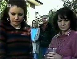 Gaby Willis, Lauren Turner, Lou Carpenter, Pam Willis in Neighbours Episode 2005