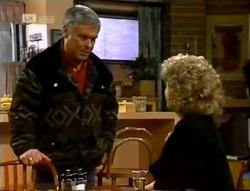 Lou Carpenter, Cheryl Stark in Neighbours Episode 2005