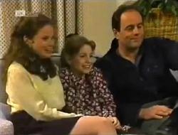 Julie Robinson, Hannah Martin, Philip Martin in Neighbours Episode 2006
