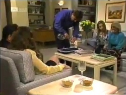 Philip Martin, Julie Robinson, David Kazalian, Lucy Robinson, Helen Daniels in Neighbours Episode 2006