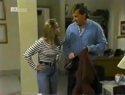 Lucy Robinson, David Kazalian in Neighbours Episode 2006