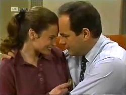 Julie Robinson, Philip Martin in Neighbours Episode 2006