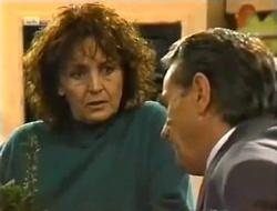 Pam Willis, Doug Willis in Neighbours Episode 2006