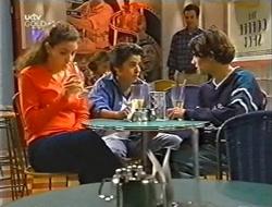 Hannah Martin, Mike Burns, Paul McClain in Neighbours Episode 2998