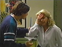 Paul McClain, Madge Bishop in Neighbours Episode 2998