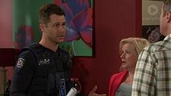 Mark Brennan, Sheila Canning, Gary Canning in Neighbours Episode 7441