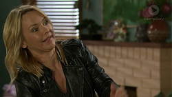 Steph Scully in Neighbours Episode 7442
