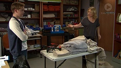 Charlie Hoyland, Steph Scully in Neighbours Episode 7442