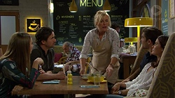 Piper Willis, Brad Willis, Lauren Turner, Ned Willis, Elly Conway in Neighbours Episode 7444