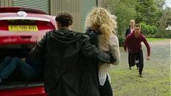 Charlie Hoyland, Ari Philcox, Belinda Bell, Mark Brennan, Ellen Crabb in Neighbours Episode 7447