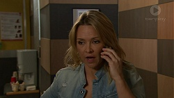 Steph Scully in Neighbours Episode 7448