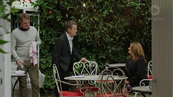 Gary Canning, Paul Robinson, Terese Willis in Neighbours Episode 7449