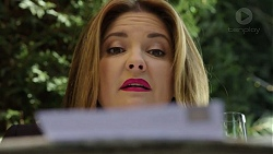 Terese Willis in Neighbours Episode 7449