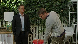 Paul Robinson, Gary Canning in Neighbours Episode 7449