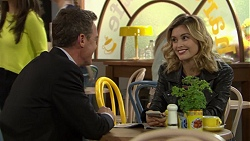 Paul Robinson, Madison Robinson in Neighbours Episode 7449