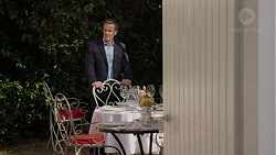 Paul Robinson in Neighbours Episode 7451