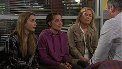 Piper Willis, Paige Smith, Lauren Turner, Karl Kennedy in Neighbours Episode 7455