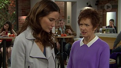 Elly Conway, Susan Kennedy in Neighbours Episode 7457
