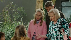 Amy Williams, Xanthe Canning, Gary Canning, Sheila Canning in Neighbours Episode 7457
