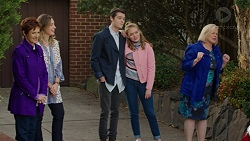 Susan Kennedy, Sonya Mitchell, Ben Kirk, Xanthe Canning, Sheila Canning in Neighbours Episode 7457