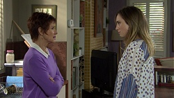 Susan Kennedy, Sonya Mitchell in Neighbours Episode 7458