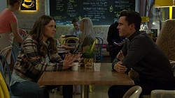 Amy Williams, Aaron Brennan in Neighbours Episode 7458