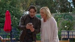 Brad Willis, Lauren Turner in Neighbours Episode 7459