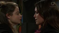 Nikki Jackson, Paige Smith in Neighbours Episode 7460