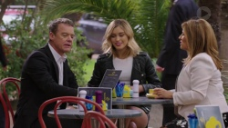 Paul Robinson, Madison Robinson, Terese Willis in Neighbours Episode 7460