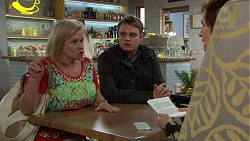 Sheila Canning, Gary Canning, Susan Kennedy in Neighbours Episode 7461