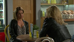 Regan Davis, Steph Scully in Neighbours Episode 7461
